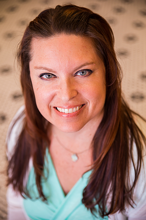 Elizabeth Bonet-PhD, LMHC, Hypnotherapist and Podcast host