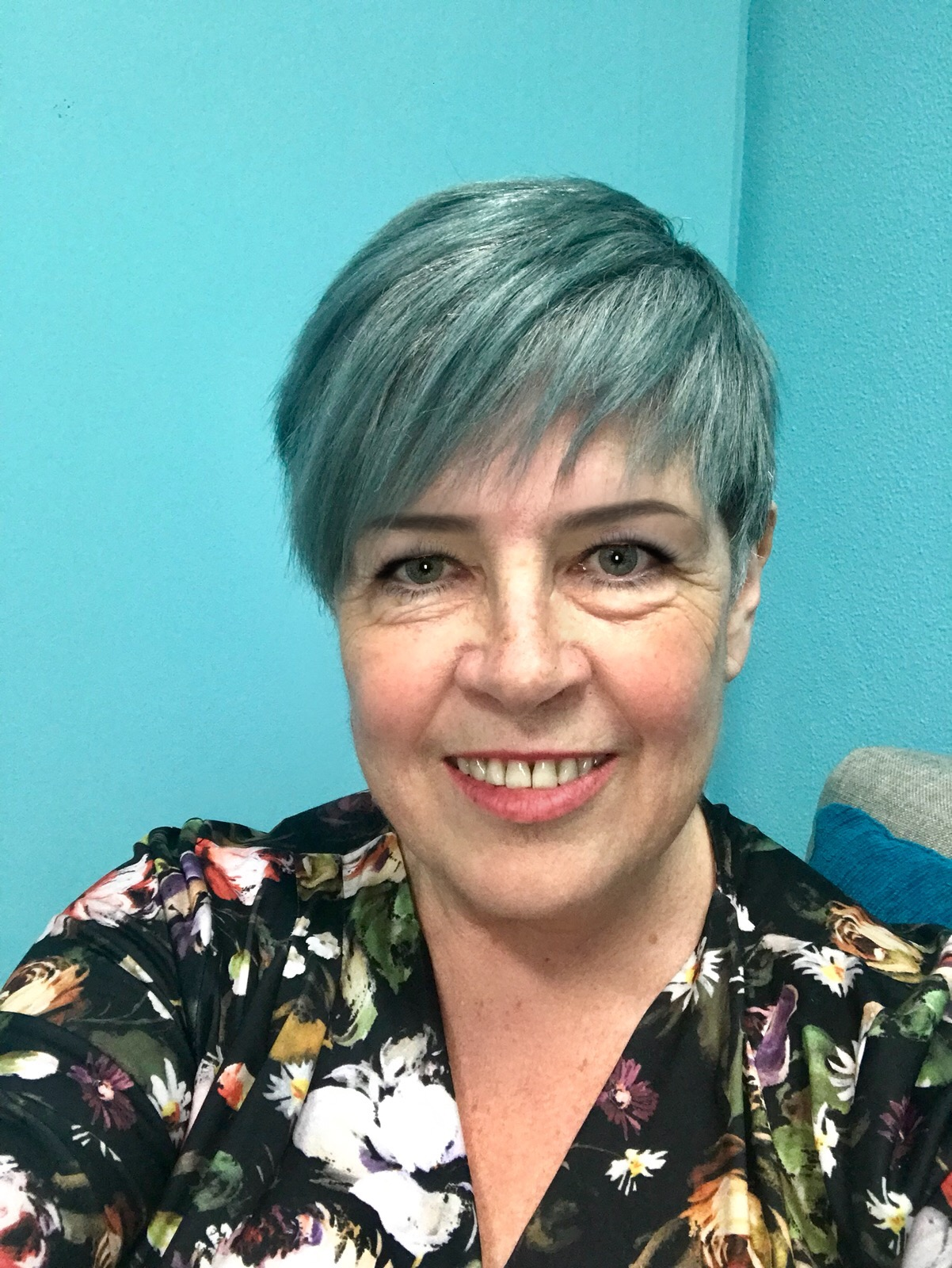 Cait Wotherspoon-Psychotherapist specializing in grief